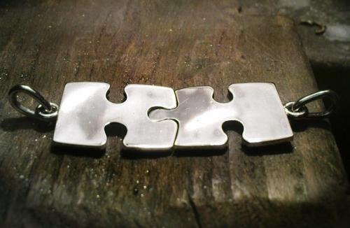 Összeillő puzzle medál pár 2.