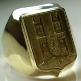 Fót címeres arany pecsétgyűrű