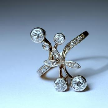 Güldisch virág gyűrű 2